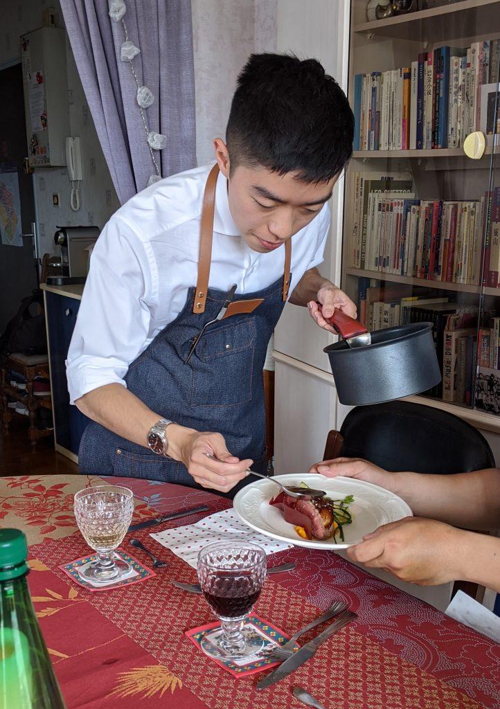 林皇初廚師